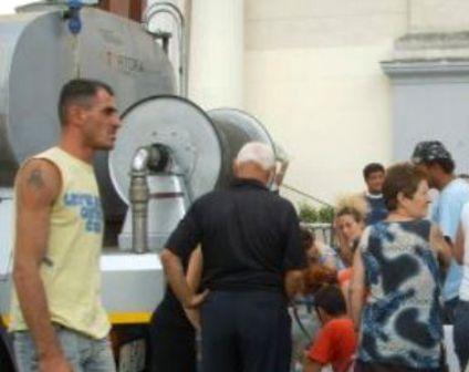 """Comuni senz'acqua: intervengano i sindaci contro i continui """"lavori programmati"""""""