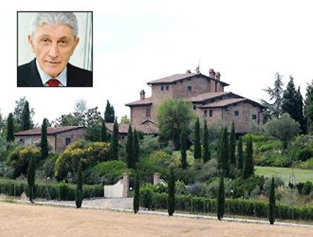 Falso sul casolare ad Arezzo, Bassolino rinviato a giudizio