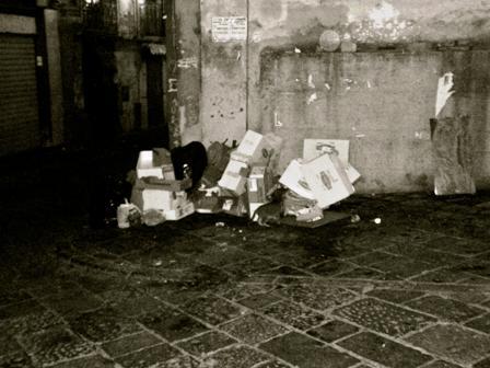 """Ascom Portici: """"Il degrado del centro storico dovuto alla totale assenza di politiche commerciali. Per la sicurezza, servono le telecamere"""""""