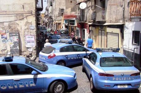 Pregiudicato ferito a Barra: è grave, raggiunto da tre o quattro colpi in via Marghieri