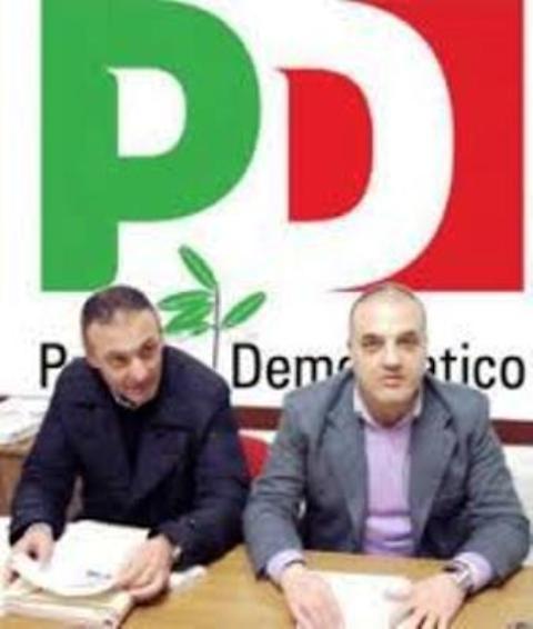 """Consiglio Comunale infuocato, l'opposizione capitanata da Grillo tappezza la città di manifesti. """""""