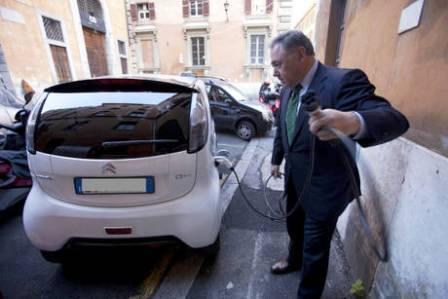 Porto Napoli, il Senato aveva detto 'si', la Camera dice no a Villari