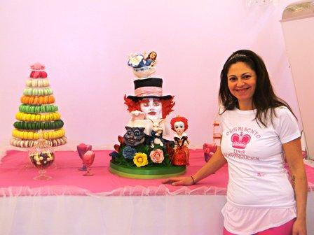 """Quando il cake design incontra la moda: la regina delle torte Giada Baldari, esalta le stampe animalier in pasta di zucchero e propone il corso """"Animal print painted Cake"""""""