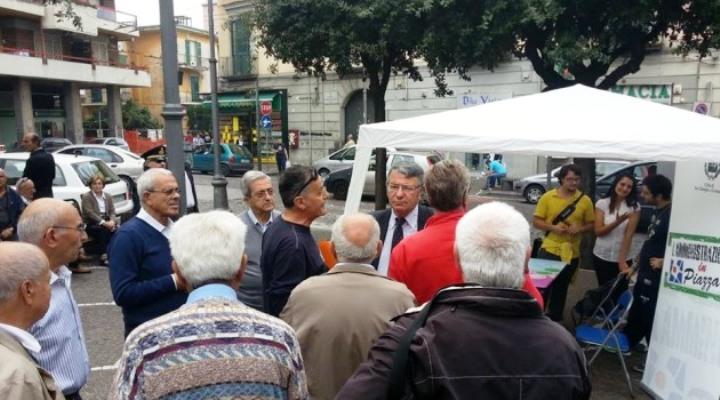 A San Giorgio a Cremano l'amministrazione Giorgiano incontra in piazza i cittadini