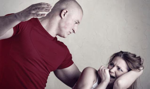 """""""Il coraggio di parlare"""". A Piazzolla di Nola si parla di violenza su donne e bambini"""