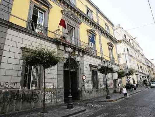 Il Comune di Ercolano conferisce alla Prefettura di Napoli la gestione delle procedure relative agli appalti pubblici. Buonajuto: «Unico atto possibile dopo i disastri ereditati»
