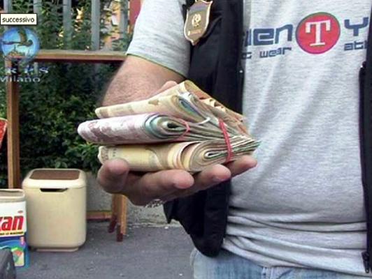 Arrestato baby estorsore, minacciava un ristoratore e la sua famiglia per estorcergli denaro