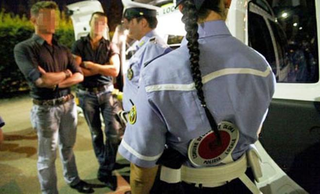 Portici. Anziana ubriaca al volante aggredisce le forze dell'ordine e urina nella pattuglia della municipale