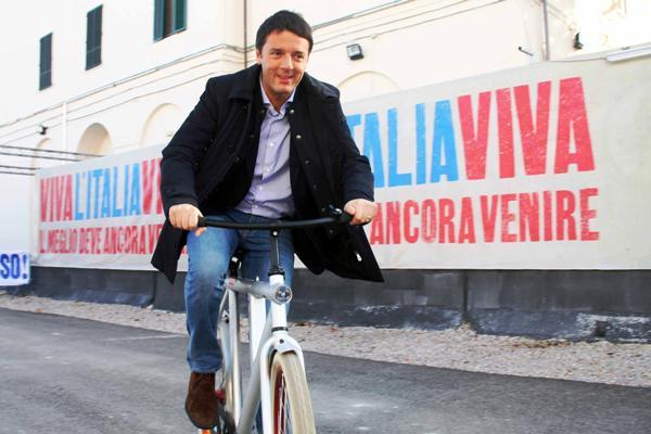 """Matteo Renzi a Servizio Pubblico: """"Il primo atto del segretario del Pd? Visitare la terra dei Fuochi"""""""