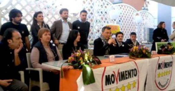 """Soffia da Portici il nuovo vento della politica a """"5 Stelle"""". Successo alla kermesse """"Le Stelle non stanno a guardare"""""""