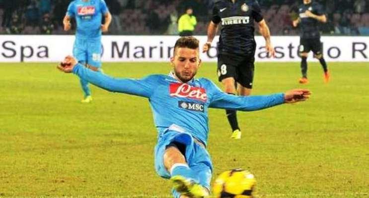Serie A: Grande vittoria per il Napoli al San Paolo, ritorno amaro per Mazzarri