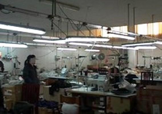 Ditta cinese a Terzigno: sempre aperta, 12 ore di turni, lavoro nero e scarse condizioni igieniche