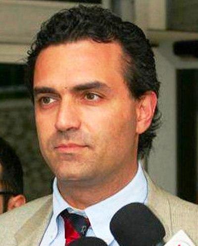 """De Magistris: """"A Napoli siamo liberi. A staccare la spina a Marino è stato il Pd"""""""