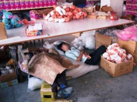 Il ministro sull'incendio del lager cinese: «Napoli prima per irregolarità, Prato decima»