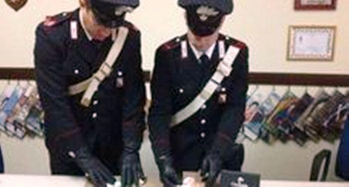 Boscoreale, arrestato uomo dei Gionta che vendeva cocaina in casa dei suoceri