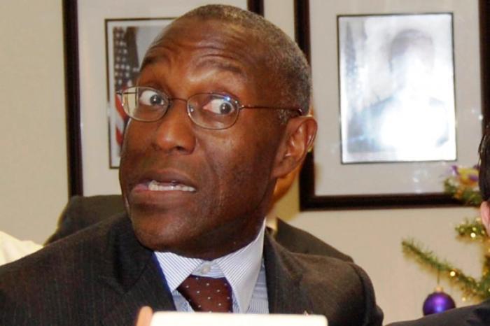 SEXYGATE – Scandalo Moore: ora indaga l'Fbi, interrogati i dipendenti licenziati dal Consolato