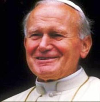 Reliquie di Papa Paolo Giovanni II esposte in una chiesa del napoletano