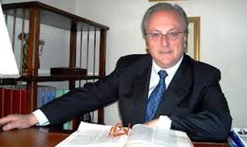 Giorgio Perasole rassegna le dimissioni,il giovane Luca Manzo è consigliere comunale