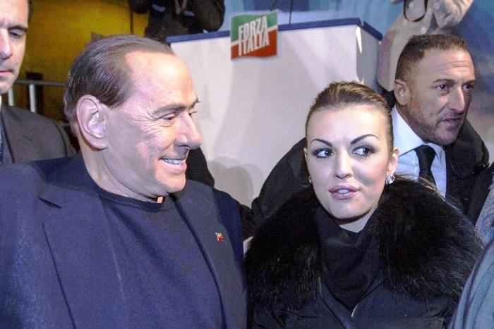 """Francesca Pascale contro l'ex Ministro Nunzia De Girolamo. Brunetta: """"Non siamo l'ospedale per i feriti del Governo Letta"""""""