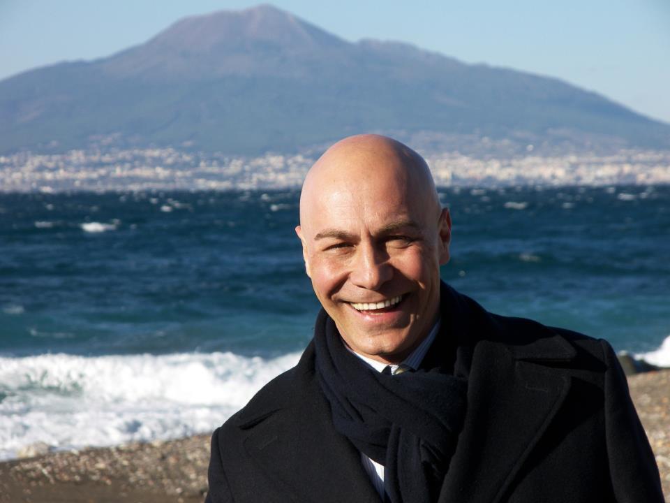 Primarie Pd, Vaccaro occupa ad oltranza sede Pd Salerno. Ecco la diretta Streaming