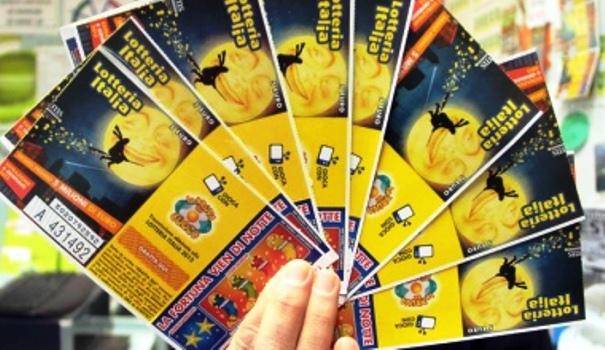 Lotteria Italia-Vinti a Casoria 2 milioni.E' il tagliando più fortunato dopo quello di Lecco da 5 milioni