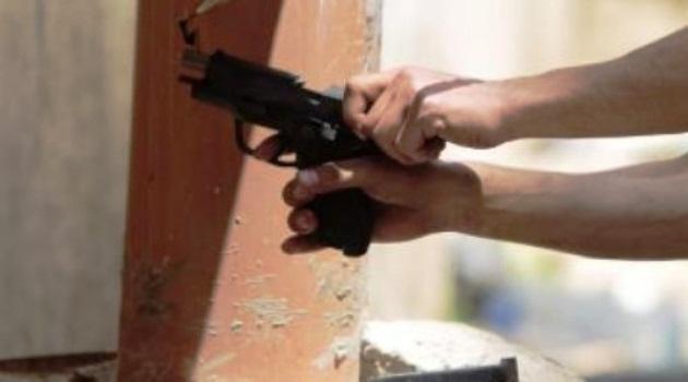 Tentativo di rapina a Napoli: ferito un pregiudicato