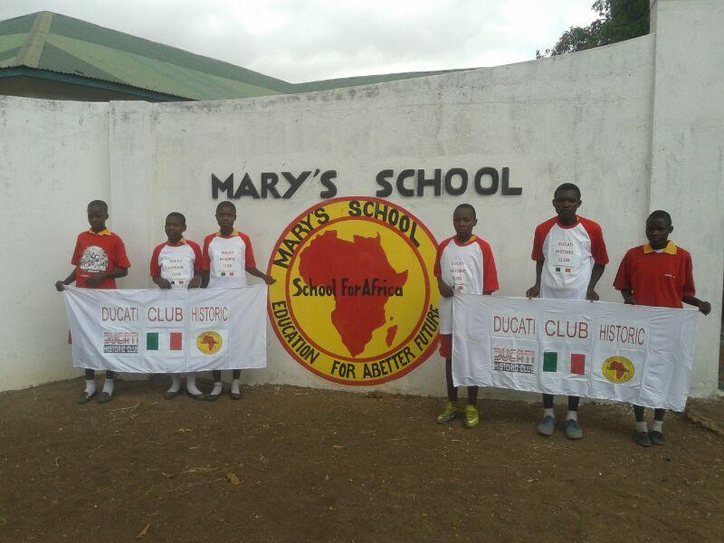 Ducati Historic Club, corsa di solidarietà per i bambini in Kenya
