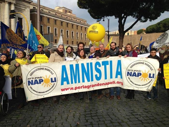 Inaugurazione dell'anno giudiziario, manifestazione dei Radicali napoletani presso la Corte d'Appello di Napoli