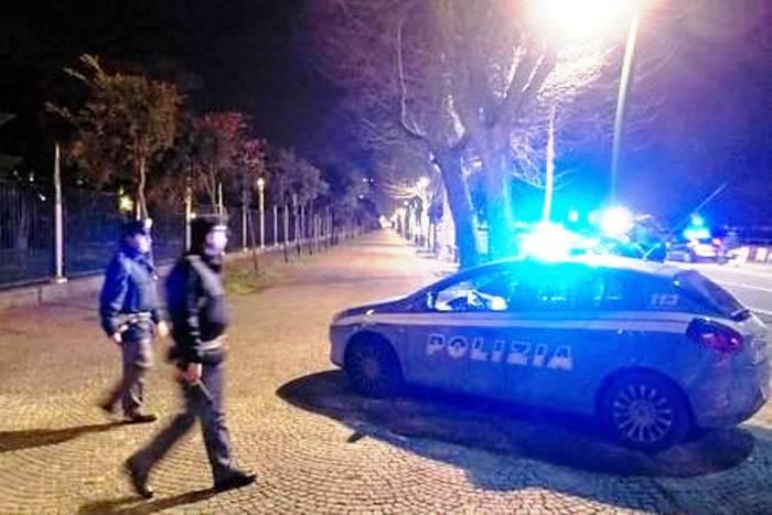 Notte di fuoco a Napoli: feriti tre persone, due sono pregiudicati