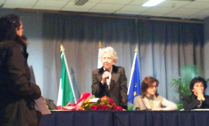 Alberta Levi Temin: 94 anni, sfuggita ai nazisti racconta la sua storia agli studenti di Portici