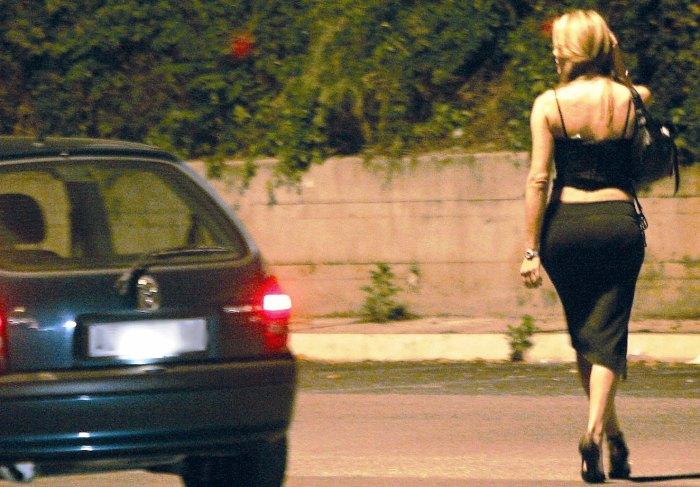 Pompei città hot: 139 lucciole multate in 15 giorni dai carabinieri