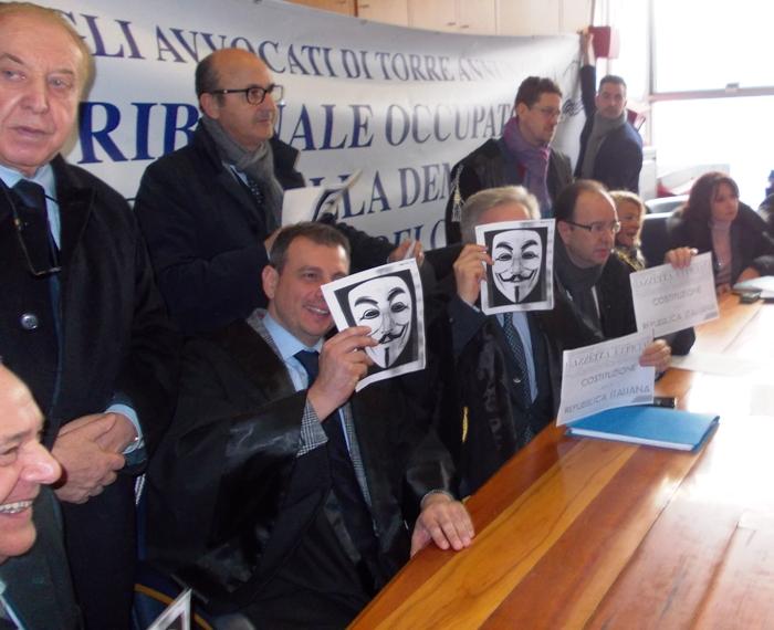 Spazio alla protesta togata: dall'informazione al corteo per la giustizia, le barricate degli avvocati