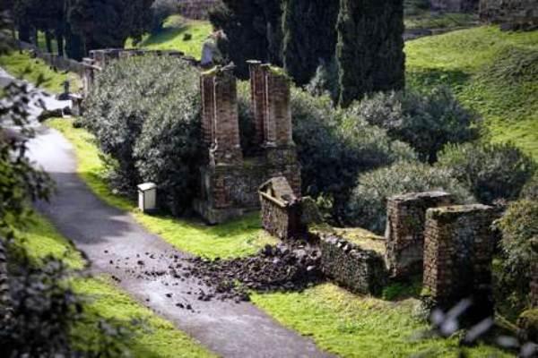 Pompei, la videosorveglianza rileva una nuova intrusione negli Scavi