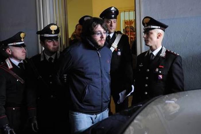 Ordinanze per Carmine Schiavone, figlio del boss, suo estorsore e cassiere Casalesi
