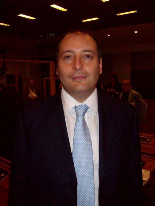 Rimborsi, 60 indagati in Regione tranne Carlo Aveta (Forza Campania)