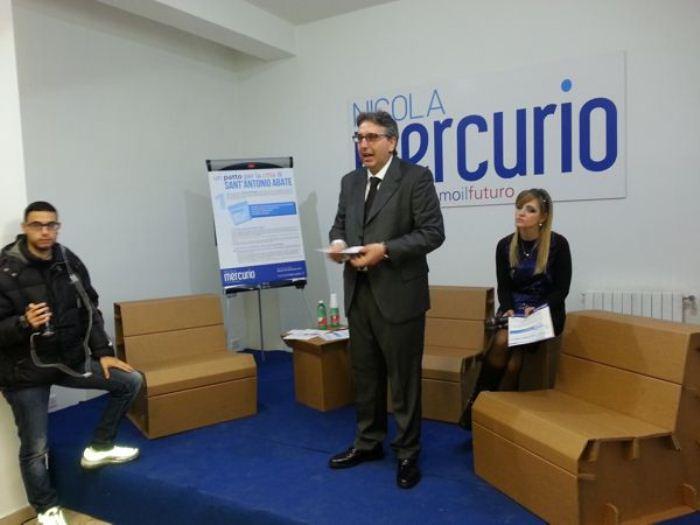Nicola Mercurio al lavoro per una tavola rotonda di sostenibilità agricola e floricoltura