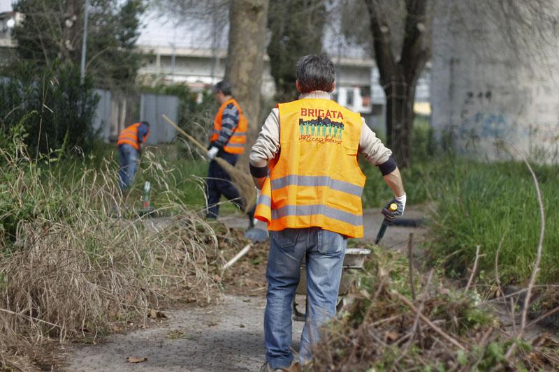 MI INDIGNO E MI IMPEGNO: la Brigata Felice Sodano ripulisce il Parco Nicholas Green