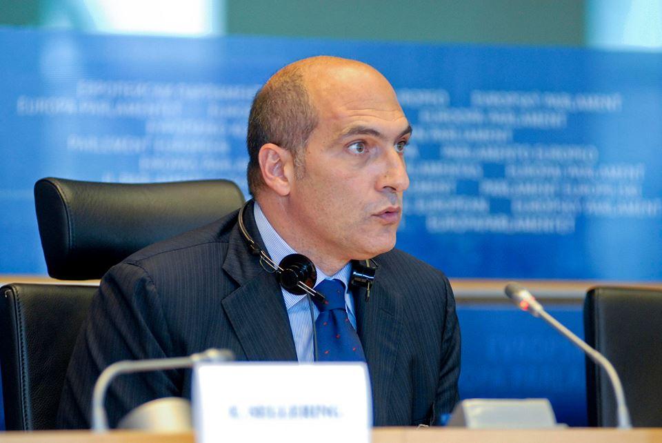 Lunedì 14 Aprile alla Mostra d'Oltremare Andrea Cozzolino apre la sua campagna elettorale per le elezioni europee di maggio