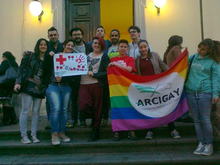 """""""Liberi di essere"""", il dibattito contro l'omo/transfobia arriva in periferia"""