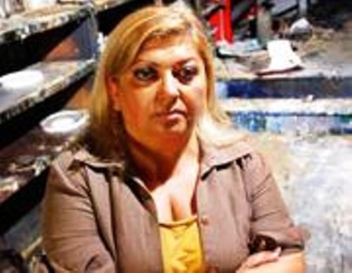 """Arrestato il marito di Silvana Fucito. L'imprenditrice e """"paladina"""" anticamorra, indagata per frode fiscale, si dimette da coordinatrice regionale antiracket"""