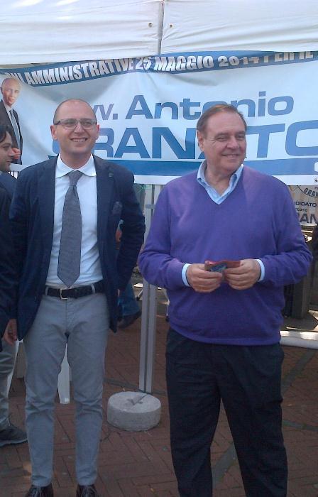 Elezioni amministrative: Clemente Mastella in piazza con Antonio Granato