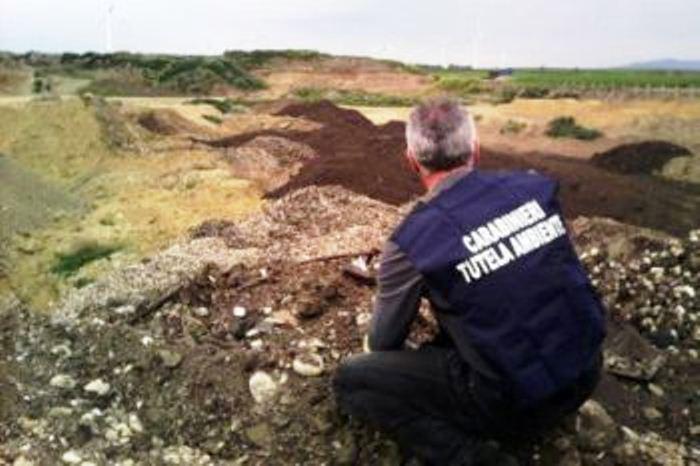 Continua il traffico illegale di rifiuti tra Puglia e Campania