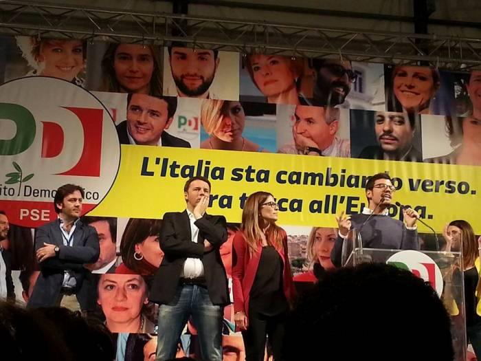 """Il segretario Michele Tufano sul palco della Sanità insieme a Renzi: """"l'Europa è anche qui a casa nostra"""""""