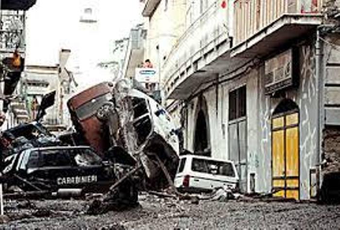 L'alluvione del 98 contò 137 vittime, oggi Sarno le ricorda
