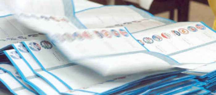 Portici al voto- Elezioni: Fotografa il voto in cabina, denunciato a piede libero