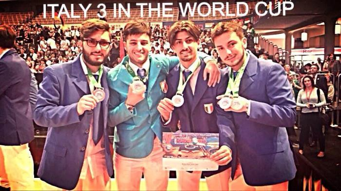 Volla. Domenico De Falco porta a casa la medaglia di bronzo dell' hairworldcup