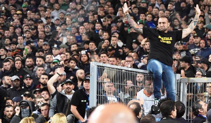 """Sulla tangenziale per Catania la polizia ritira la patente a Genny """"la carogna"""":. """"Stavo andando al pronto soccorso per accompagnare mia figlia"""""""