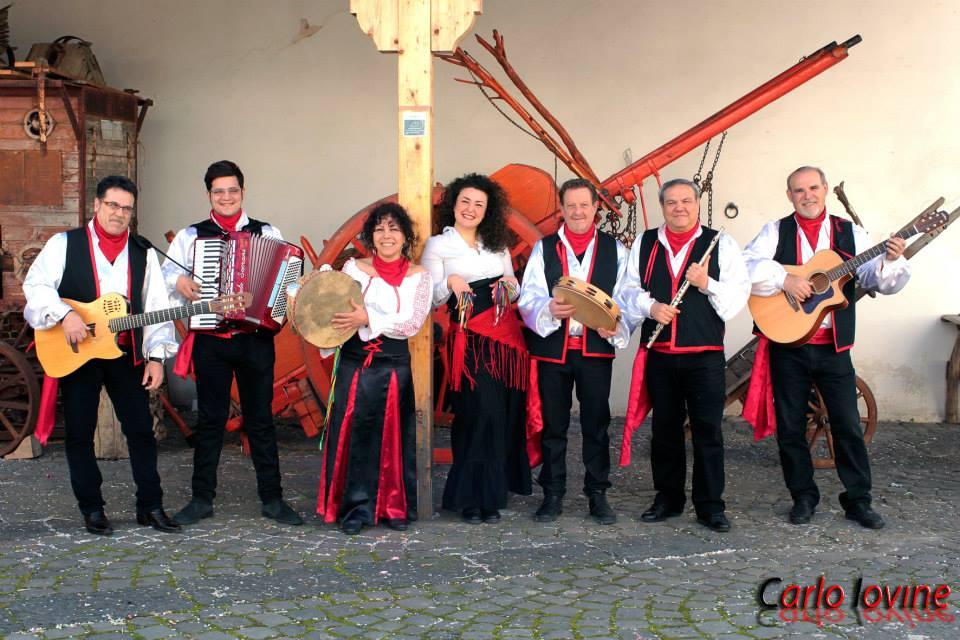 """Al """"Gallo d'Oro"""" premio internazionale conferito al gruppo folk Ammescafrancesca"""