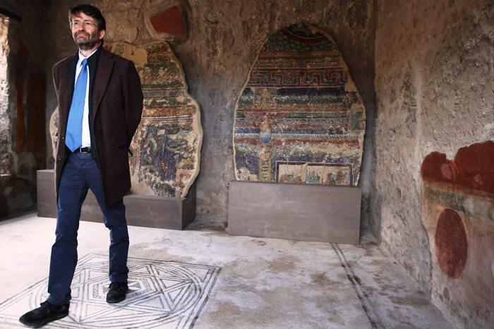 Agosto, boom visite in musei e scavi: 38mila presenze in più a Pompei, 20mila a Capodimonte. Polemiche sulla chiusura del Gran Cono del Vesuvio