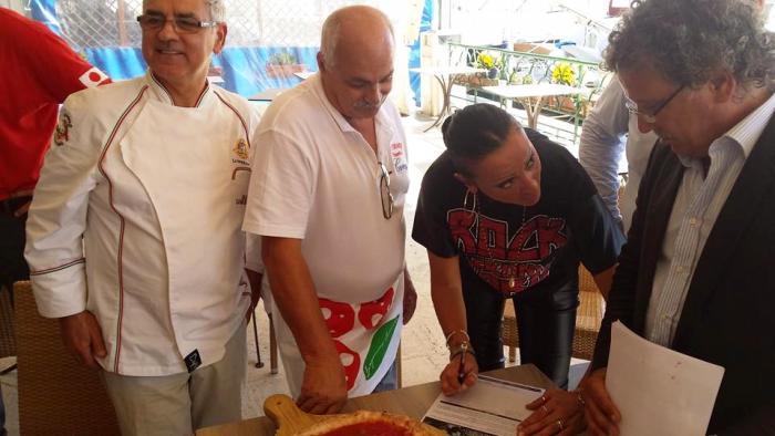 Pizza tra beni Unesco, già 20mila firme per l'iniziativa lanciata da Alfonso Pecoraro Scanio